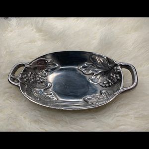 Gorgeous Hecho En Mexico pewter serving dish.